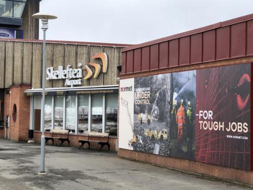 LamiGraphiq LamiCompact Lamiroc skyltar Flygplats, Skellefteå